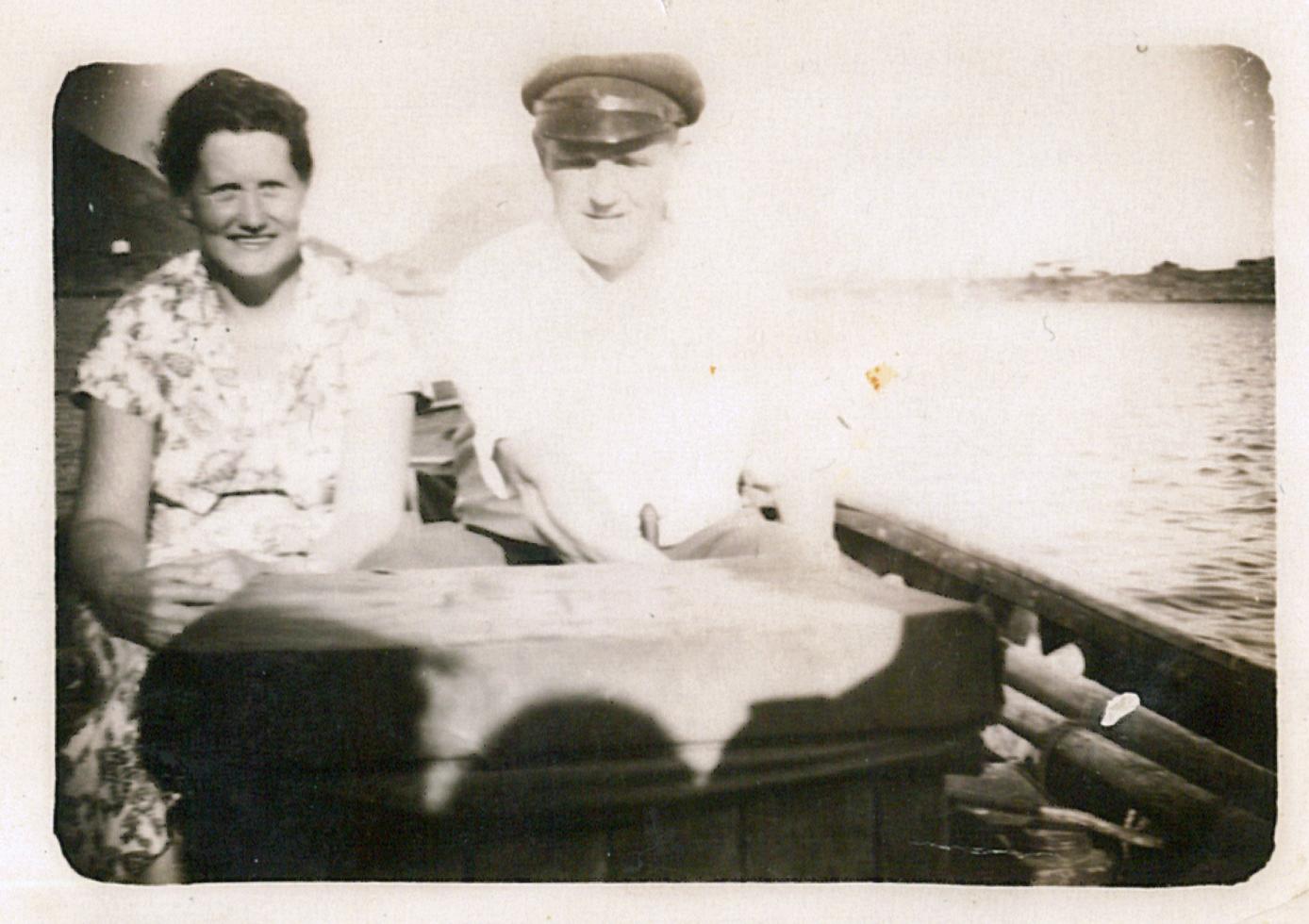 Johan Berg med frue en gang midt på 50-tallet.